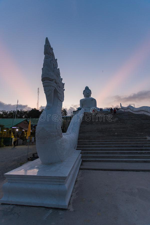 Big Buddha Statue, Pa Tong, Thailand stockfotos