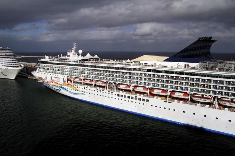 Download Big Cruises Stock Image - Image: 26497071