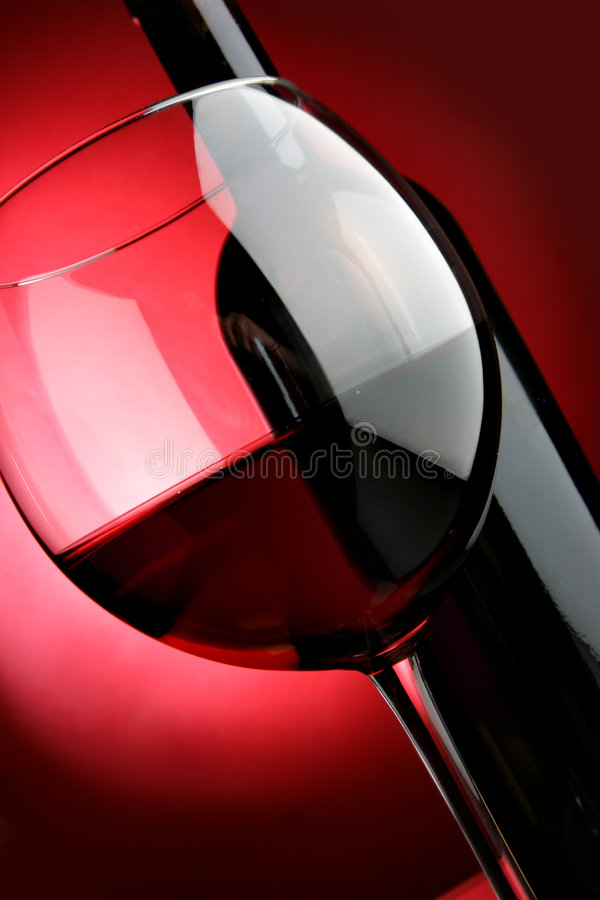 Big Glass And Bottle Of Red Wine Stock Images