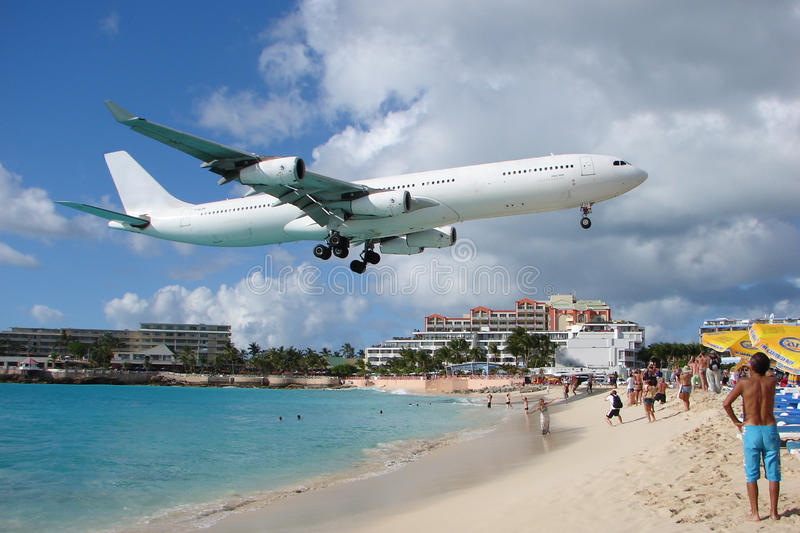 Big plane in Maho Bay, St.Maarten, Philipsburg. stock photography