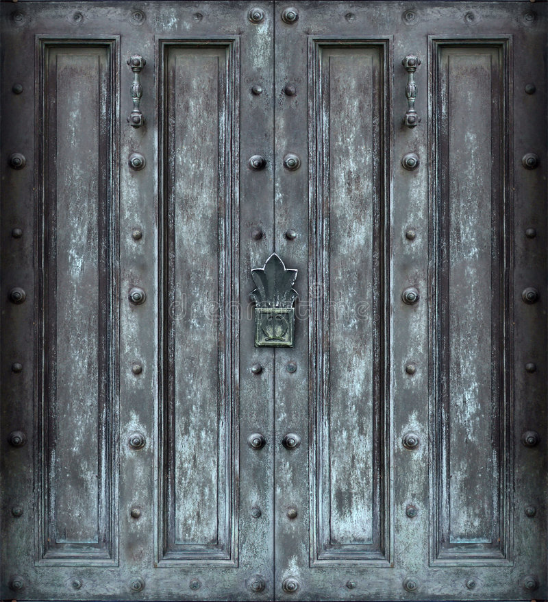 Free Big Solid Iron Door Royalty Free Stock Photography - 517217