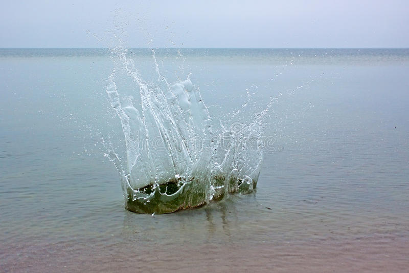 Download Big splash on a sea water stock photo. Image of color - 39485544