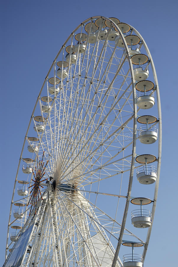Free Big Wheel In Paris Stock Photos - 12177163