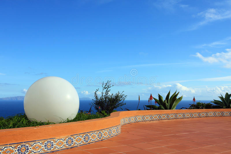 Download Big White Ball, Blue Sky And Sea Scenery Background Stock Image - Image: 28841937