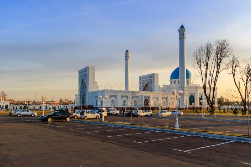 big white mosque minor in tashkent at winter time. Black Bedroom Furniture Sets. Home Design Ideas