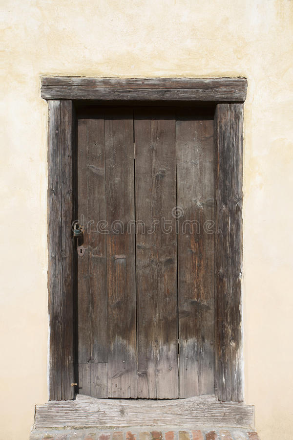 Download Big Wooden Old Door. Historical House Door One Timber Leaf Closed Brown & Big Wooden Old Door. Historical House Door One Timber Leaf ... pezcame.com