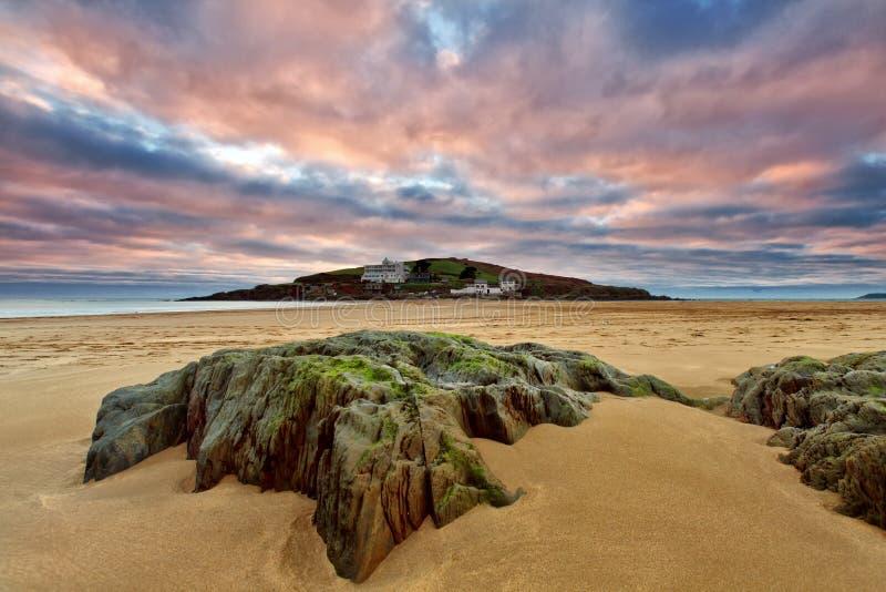 bigbury море острова burgh стоковые фото