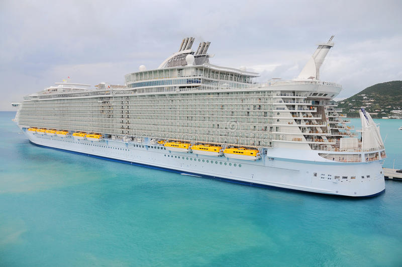 The biggest cruise ship of the world, Allure royalty free stock photos