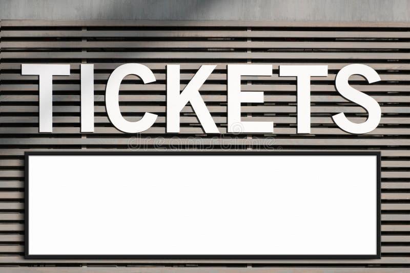 Biglietteria e modello in bianco del tabellone per le affissioni - segno in bianco incorniciato sulla capanna del biglietto fotografie stock libere da diritti