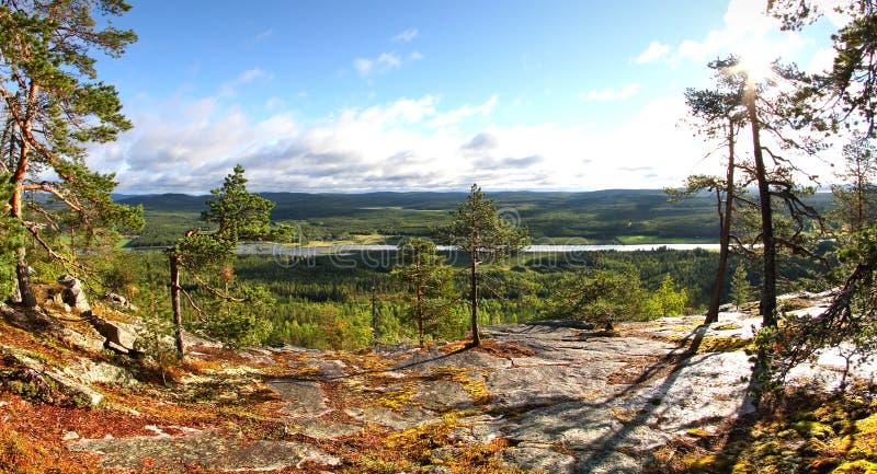 Bij de bovenkant van de heuvel royalty-vrije stock afbeelding