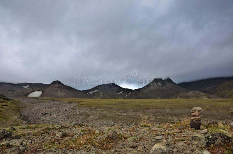 Bij de voet van de vulkaan royalty-vrije stock fotografie