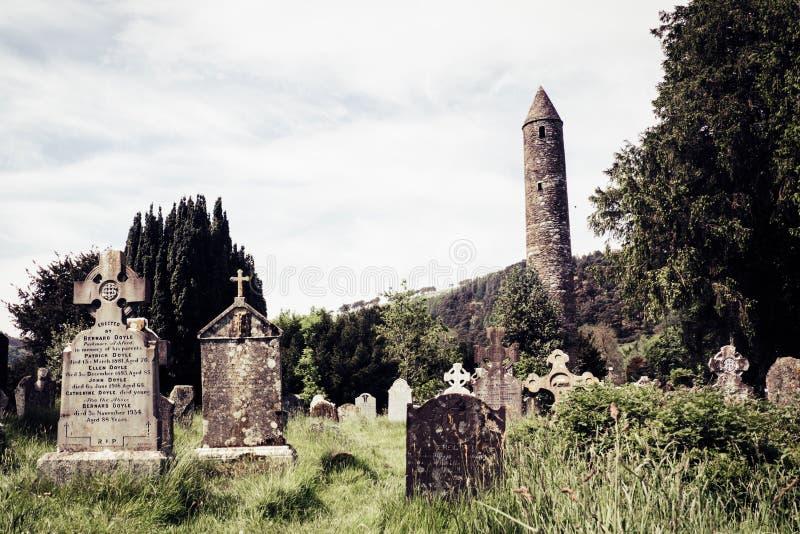 Bij Glendalough-Klooster royalty-vrije stock afbeeldingen