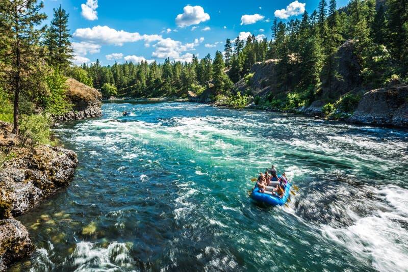 Bij rivieroeverkom en het park van de waterkruikstaat in Spokane Washington royalty-vrije stock foto's
