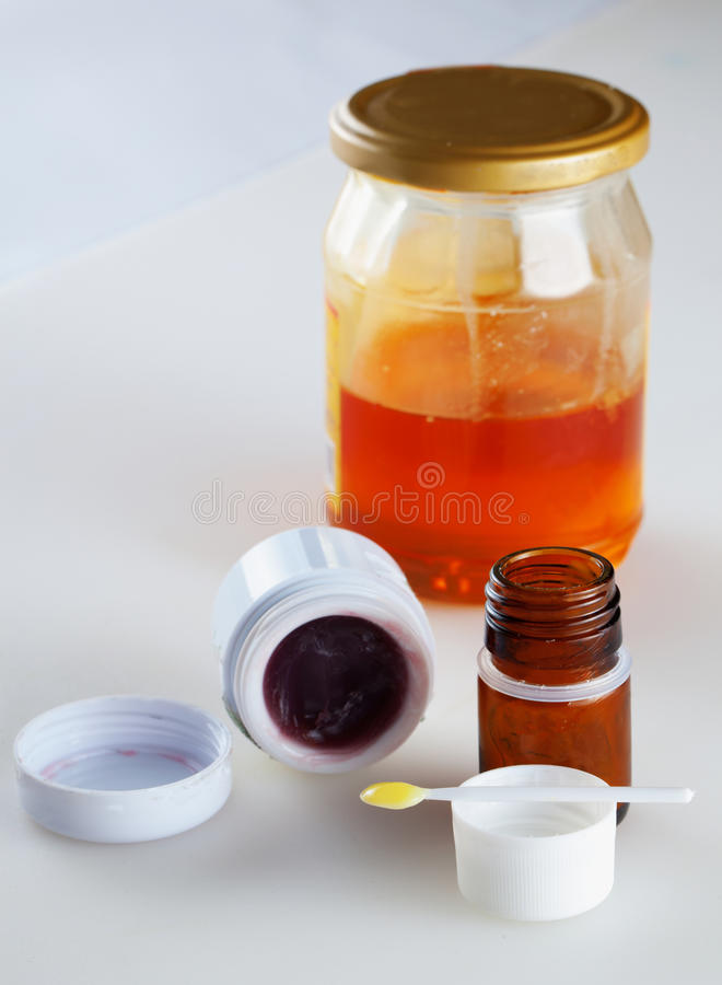 Bijenproducten royalty-vrije stock foto's