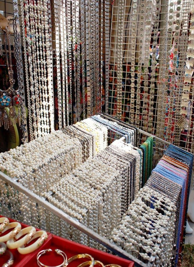 Bijoux argentés photo libre de droits