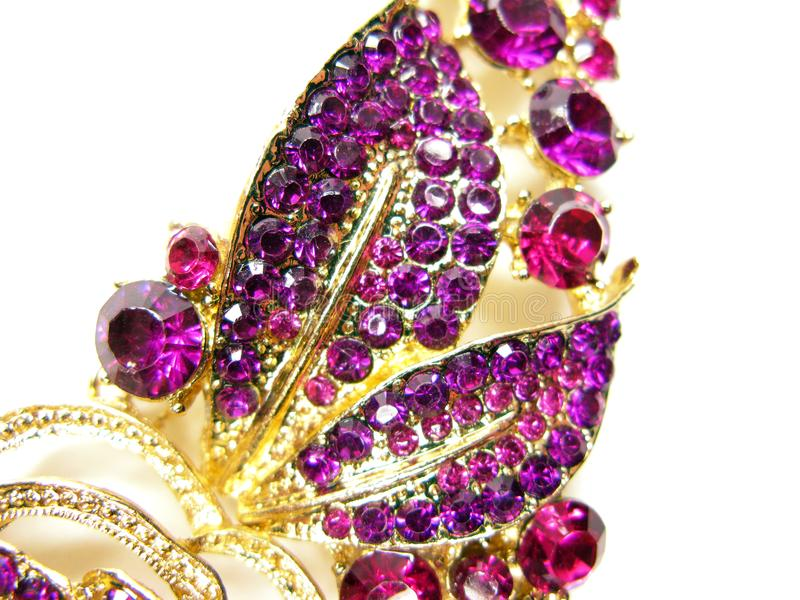 Bijoux avec la mode lumineuse de luxe de broche de cristaux image stock