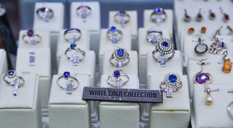 double coupon recherche de liquidation prix favorable Boutique De Bijoux à Galle, Sri Lanka Photographie éditorial ...