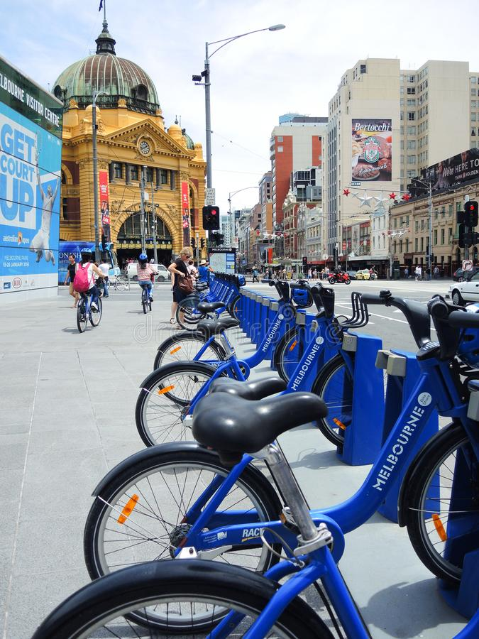 Bike a estação da parte em Melbourne na estação de trem da rua do Flinders fotos de stock royalty free