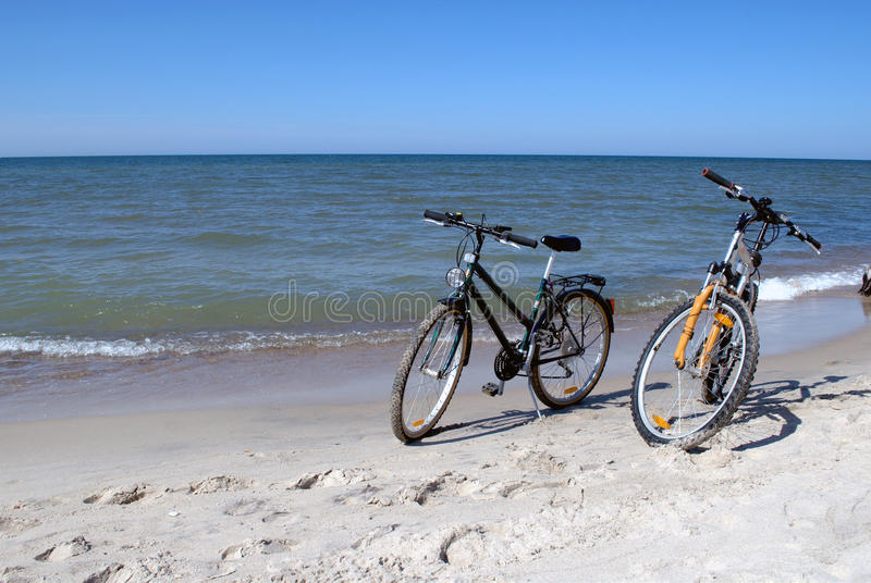 bikes пляжа стоковая фотография