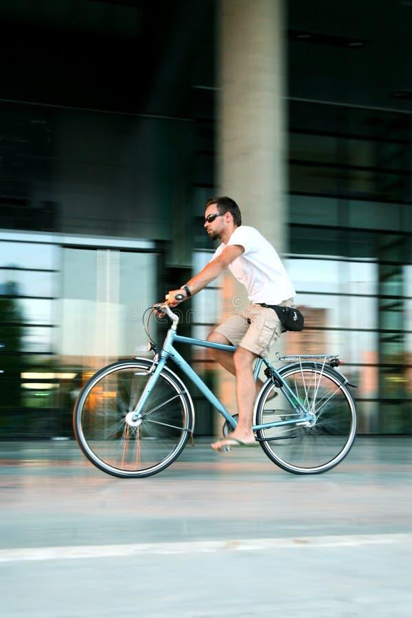 Biking da cidade imagem de stock royalty free