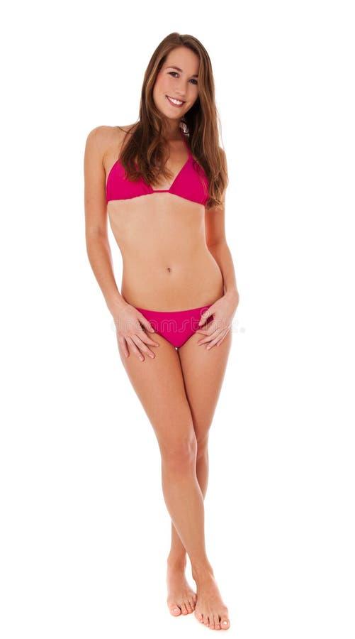 bikini πλήρης ρόδινη φορώντας γυναίκα μήκους στοκ εικόνα με δικαίωμα ελεύθερης χρήσης