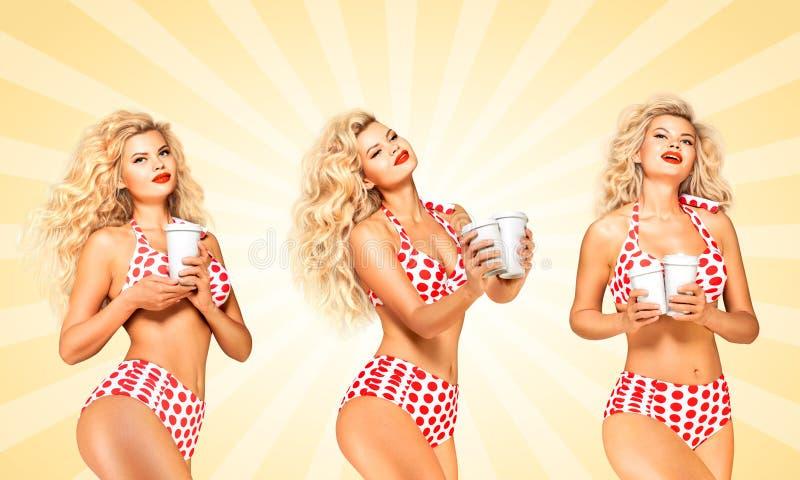Bikini en koffie royalty-vrije stock fotografie