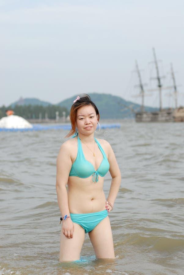 bikinikvinna royaltyfri bild