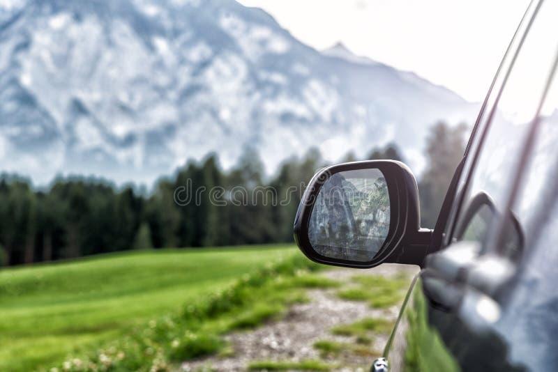 Bil för att resa fotografering för bildbyråer