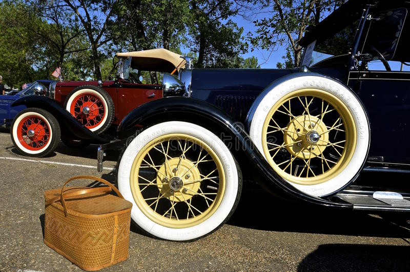 Bil för 1929 Ford på den Bismarck bilshowen royaltyfri fotografi