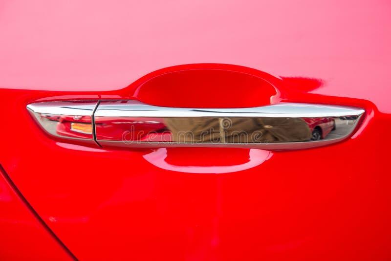 Bil för Japan kunder Använda röd färg för bildörrhandtag för kunder royaltyfri illustrationer