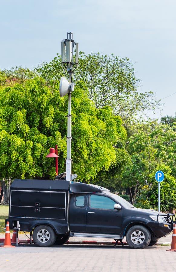 Bil för mobiltelefongrundstation royaltyfri fotografi