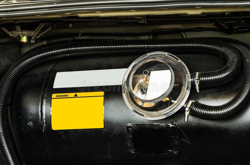 Bil smält oljagas, LPG-behållare royaltyfri fotografi