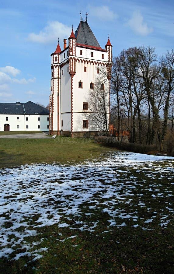 Bila veztorn från det 19th århundradet i Hradec nad Moravici arkivfoto