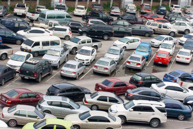 Bilar parkerar royaltyfria foton