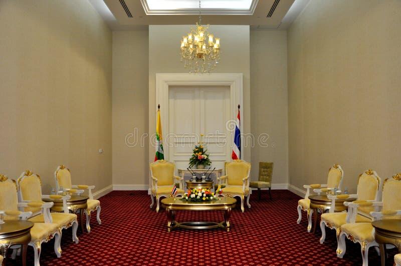 Bilateralny pokoju konferencyjnego ustawianie dla Myanmar i Tajlandia zdjęcia stock