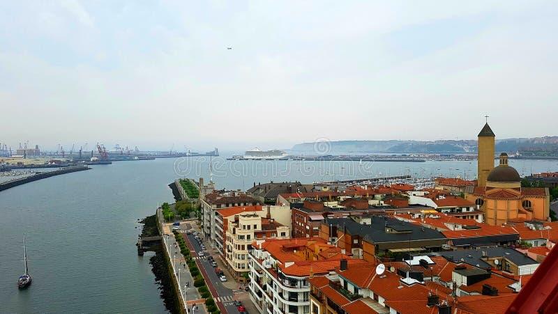 Bilbao e Golfo da Biscaia foto de stock