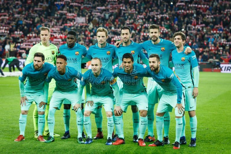 BILBAO, ESPAÑA - 5 DE ENERO: Los jugadores de Barcelona presentan para la prensa en el partido español de la taza de los octavo-f foto de archivo libre de regalías