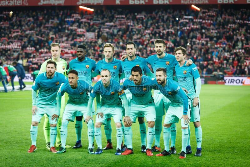 BILBAO, ESPAÑA - 5 DE ENERO: Los jugadores de Barcelona presentan para la prensa en el partido español de la taza de los octavo-f fotografía de archivo libre de regalías