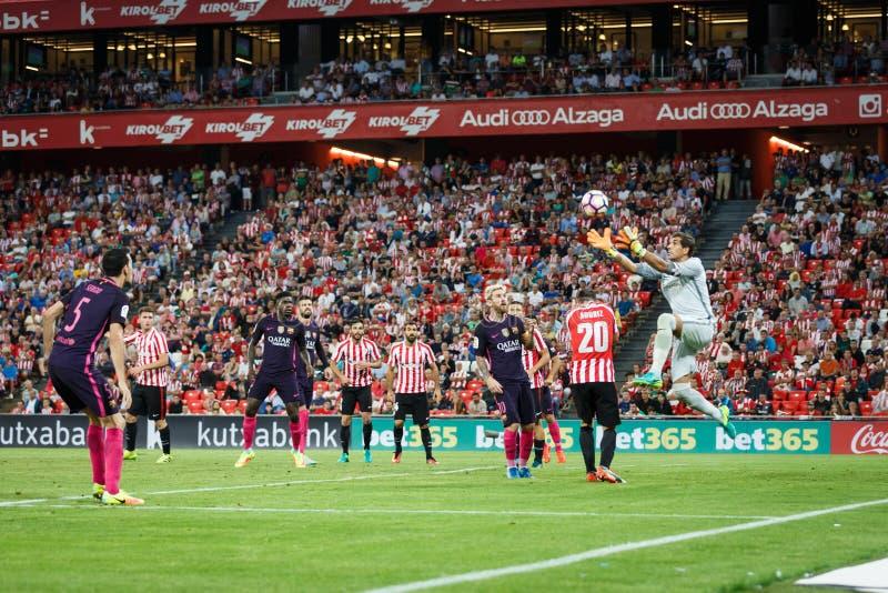 BILBAO, ESPAGNE - 28 AOÛT : Leo Messi, Gorka Iraizoz et Aritz Aduritz contestant la boule dans la la correspondance entre l'Athle images libres de droits