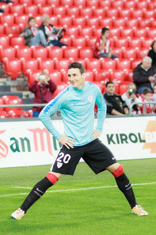 BILBAO HISZPANIA, KWIECIEŃ, - 9: Pablo Berasaluze w dopasowaniu poprzedzającym handball mecz finałowy pary, przesławny na Kwietni zdjęcie stock
