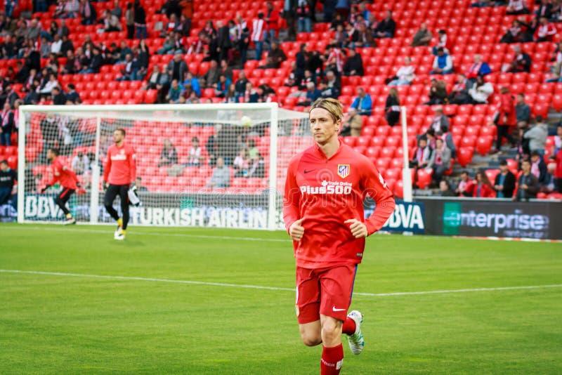 BILBAO SPANIEN - APRIL 20: Fernando Torres för matchen mellan idrotts- Bilbao och Athletico de Madrid som firas på April 20 royaltyfria bilder
