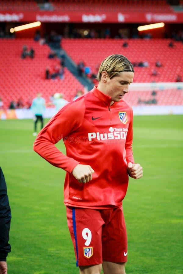 BILBAO, SPANIEN - 20. APRIL: Fernando Torres vor dem Match zwischen Athletic Bilbao und Athletico De Madrid, am 20. April gefeier lizenzfreies stockbild