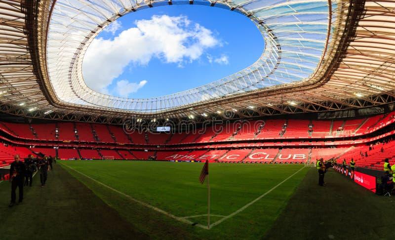 BILBAO SPANIEN - SEPTEMBER 18: Inre panorama- San Mames stadion efter matchen mellan idrotts- Bilbao och Valencia CF, celebr arkivbild