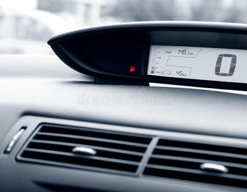 bilbränslegauge arkivbilder