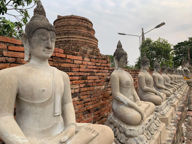 Bild av Buddhabakgrund arkivbilder