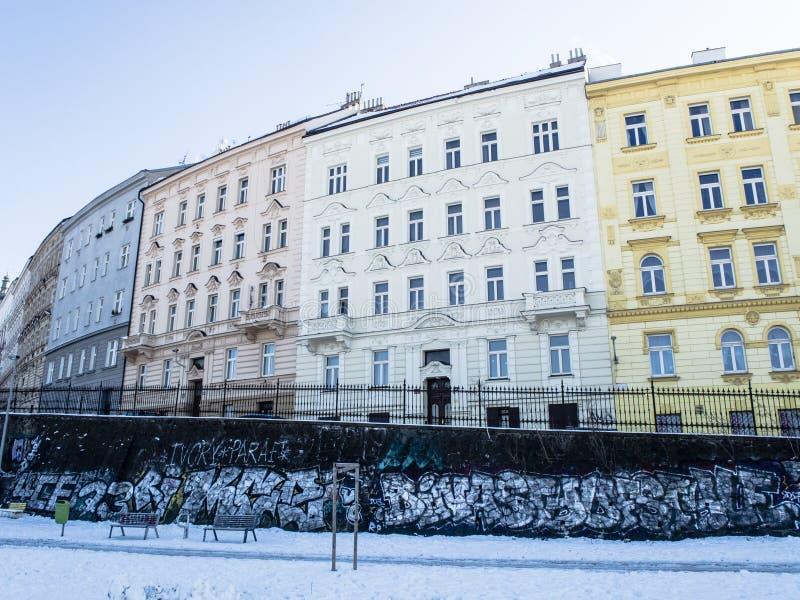 Bild av byggnaden i ett centrum av Prague arkivfoton