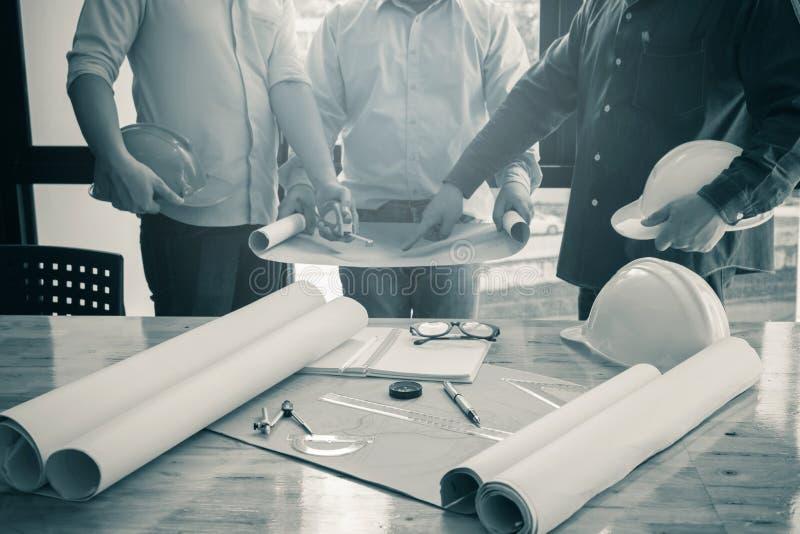 Bild av den arkitektoniska projektteknikern fotografering för bildbyråer
