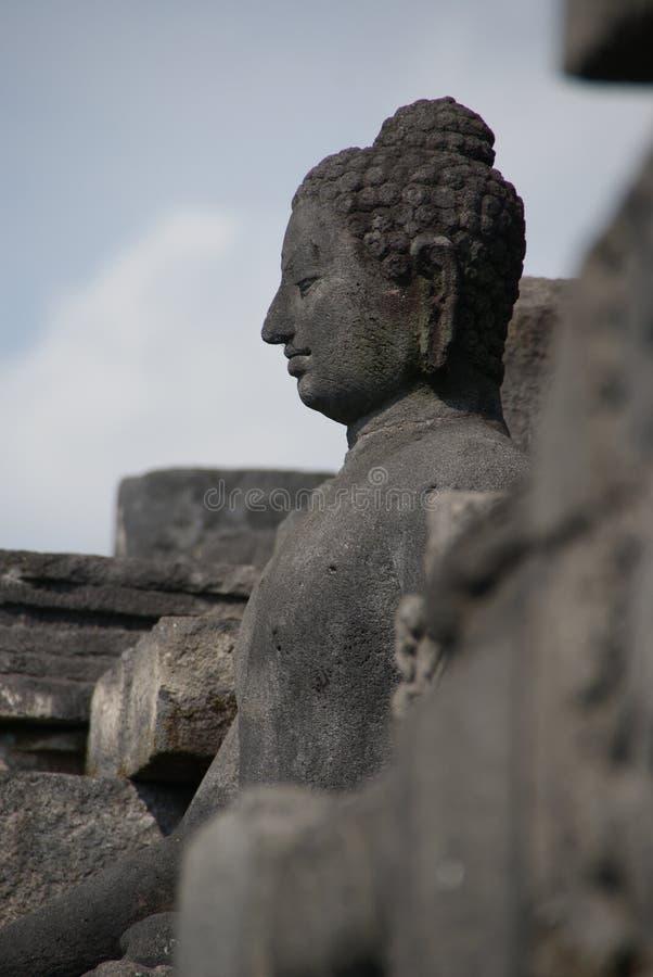 Bild av den sittande Buddha i den Borobudur templet, Jogjakarta, Indonesien arkivfoton