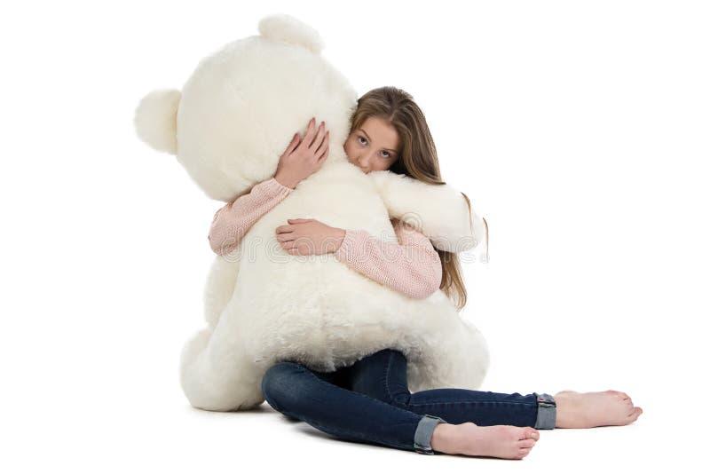 Bild av den tonårs- flickan med nallebjörnen royaltyfria bilder