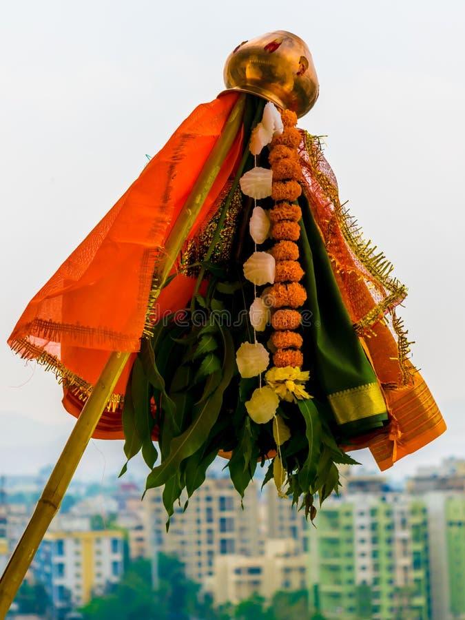 Bild av Gudi på nytt år för Gudi Padwa Marathi royaltyfria foton